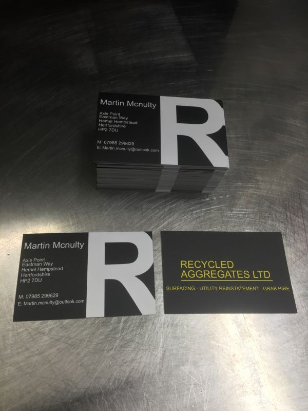 business-card-printing-hemel6FD0B42C-6A47-B45D-5E80-3839C2532804.jpeg